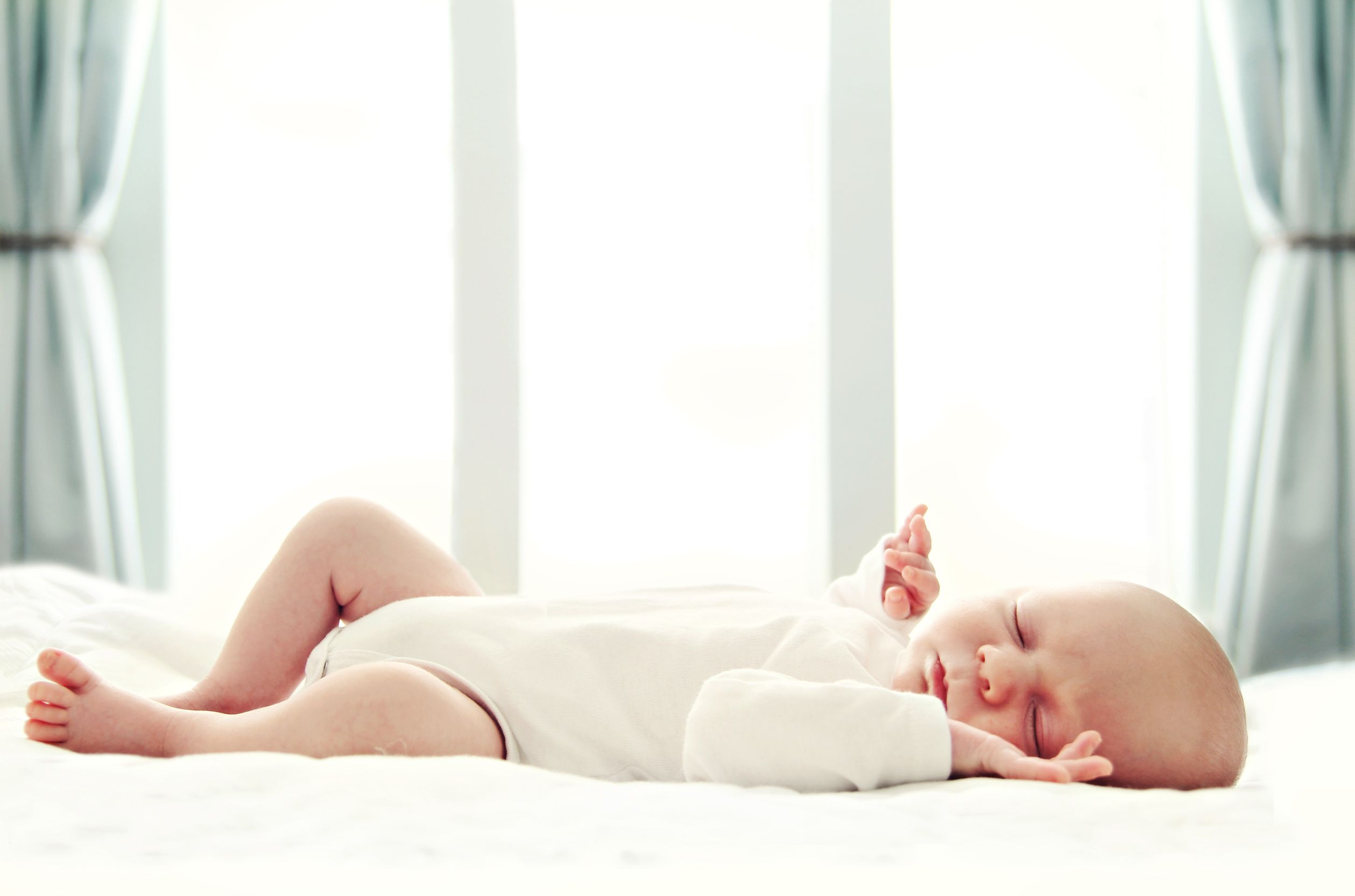 волокна новорожденный ребенок не спит в кроватке термобелье удовольствием