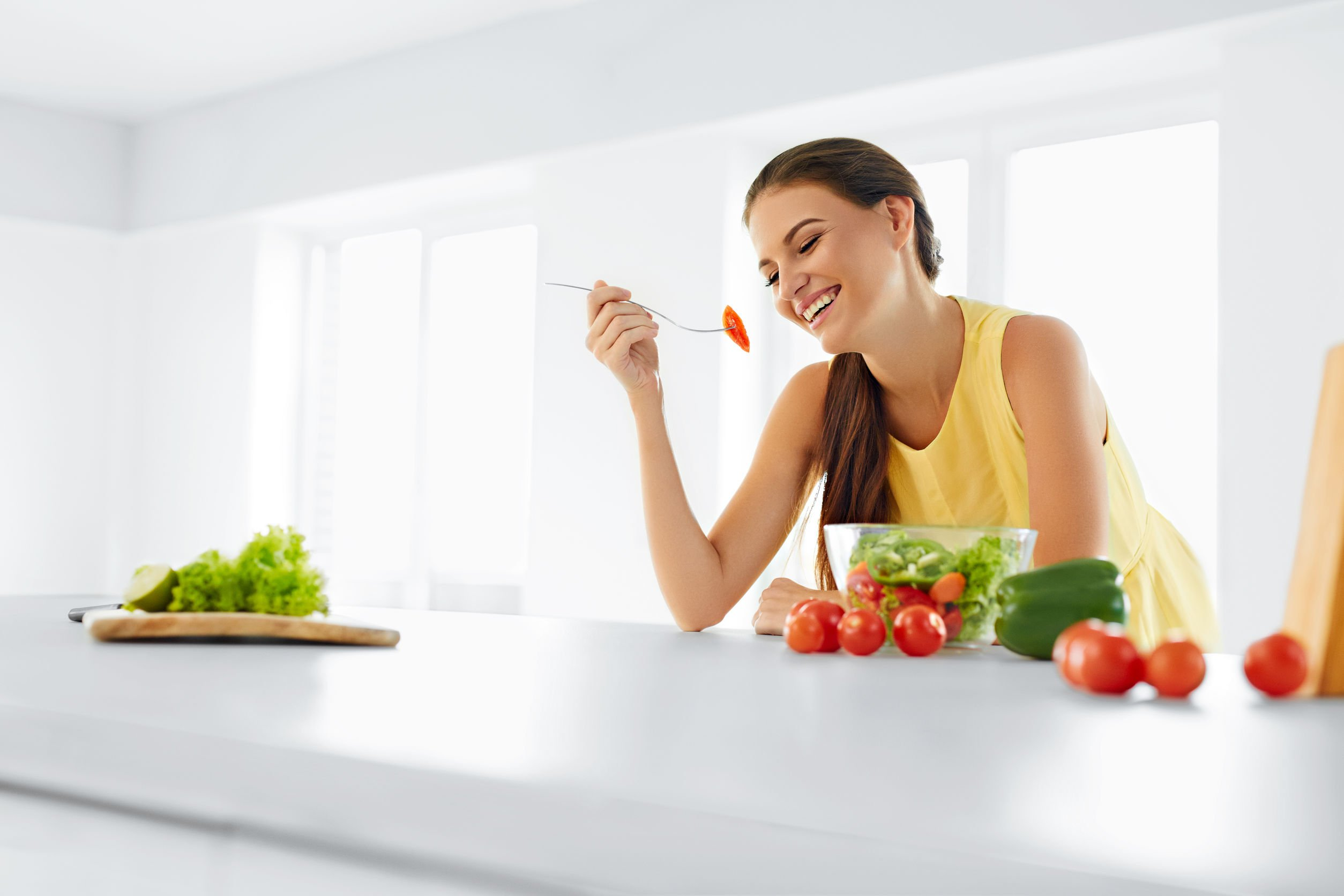 A Nutrient-Rich Diet May Be More Important for Women to Support Emotional Well-being – Naturopathic Doctor News and Review