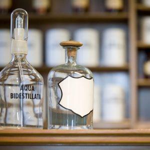 11989580 - medicine bottles, blank label, free copy space
