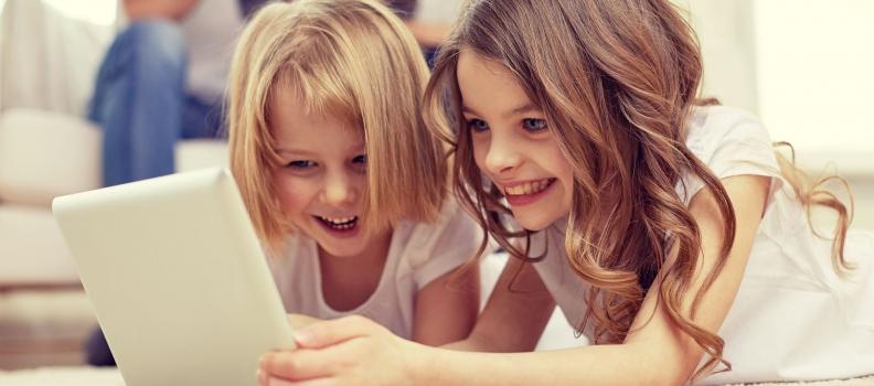 """Screen Addiction"" Warning Signs in Children"