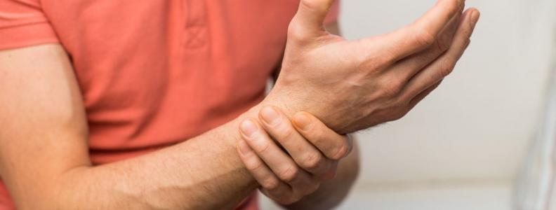 Wrist Extension Injury: Manipulation Pearls